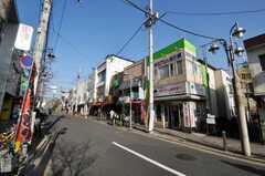東急大井町線尾山台駅からシェアハウスへ向かう道の様子。(2009-12-28,共用部,ENVIRONMENT,1F)