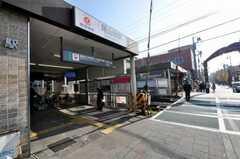 東急大井町線尾山台駅の様子。(2009-12-28,共用部,ENVIRONMENT,1F)