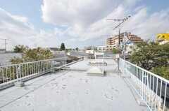 屋上の様子。(2009-10-12,共用部,OTHER,3F)