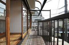 ベランダの様子。隣室との間には柵を設けるそうです。(201号室)(2014-02-07,専有部,ROOM,2F)