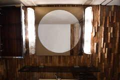 脱衣室に設けられた洗面台の様子。(2016-12-08,共用部,BATH,6F)