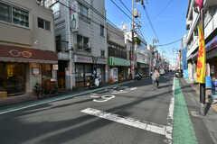 東急大井町線・九品仏駅の商店街の様子。(2016-12-08,共用部,ENVIRONMENT,1F)