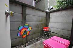 キッチンの裏庭の様子。(2011-02-18,共用部,KITCHEN,1F)