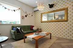 シェアハウスのリビングの様子2。(2011-09-08,共用部,LIVINGROOM,1F)