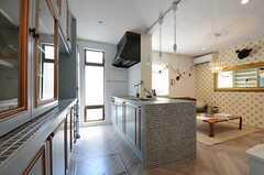 キッチンの様子。(2011-09-08,共用部,KITCHEN,1F)