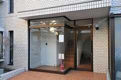マンションのエントランス。(2012-01-06,周辺環境,ENTRANCE,1F)