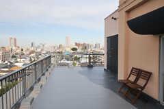 屋上の様子。(2013-10-04,共用部,OTHER,6F)