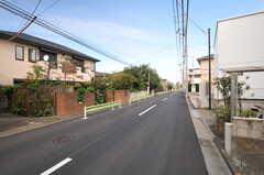 シェアハウス前の通り。(2013-10-04,共用部,OTHER,1F)