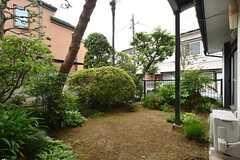 庭の様子。(2016-05-25,共用部,OTHER,1F)