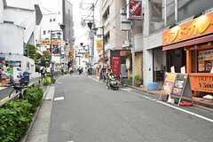 下北沢駅近くの商店街2。(2016-05-25,共用部,ENVIRONMENT,1F)
