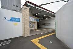 京王線・東北沢駅の様子。(2016-05-25,共用部,ENVIRONMENT,1F)