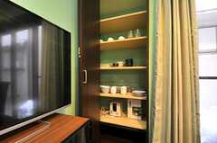 食器棚の様子。(2014-03-24,共用部,LIVINGROOM,1F)