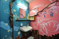 女性用トイレの洗面台の様子。(2012-09-03,共用部,TOILET,1F)