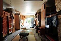 入り口側から見たドミトリーの様子。(101号室)(2012-09-03,専有部,ROOM,1F)