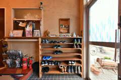 靴箱の様子。(2021-06-08,周辺環境,ENTRANCE,1F)
