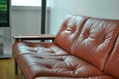 味のあるソファです。(2011-06-03,共用部,LIVINGROOM,2F)