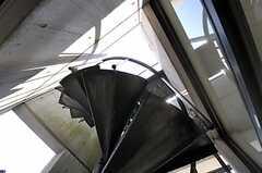 屋上へ上がる螺旋階段。(2011-04-12,共用部,OTHER,3F)