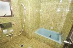 シャワールームの様子。(2009-09-15,共用部,BATH,4F)
