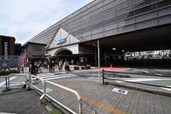 小田急線・経堂駅の様子。(2017-04-27,共用部,ENVIRONMENT,1F)