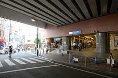 小田急線・豪徳寺駅の様子。(2013-07-01,共用部,ENVIRONMENT,1F)