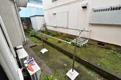 庭では物干しができます。(2020-01-15,共用部,OTHER,1F)