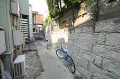 自転車置場の様子。(2011-05-18,共用部,GARAGE,1F)