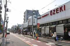 東急世田谷線・松原駅からシェアハウスへ向かう道の様子。(2011-05-18,共用部,ENVIRONMENT,1F)
