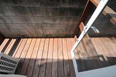 ウッドデッキのテラス付き。(104号室)(2010-08-25,専有部,ROOM,1F)