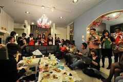 パーティーの様子3。(2010-12-11,共用部,PARTY,1F)