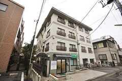 マンションの外観。3フロアがシェアハウスです。(2012-11-20,共用部,OUTLOOK,1F)