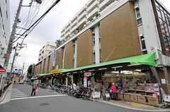 東急目黒線・奥沢駅からシェアハウスに向かう様子。(2010-10-19,共用部,ENVIRONMENT,1F)