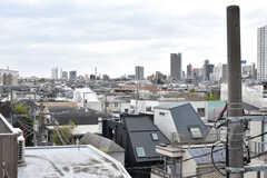 屋上から見た景色。駒澤方面が見えます。(2021-04-06,共用部,OTHER,4F)