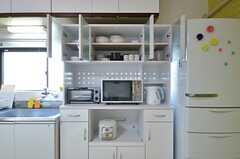 食器棚の様子。(2014-11-18,共用部,KITCHEN,3F)