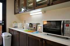 キッチン家電の様子。(301号室)(2011-01-14,共用部,KITCHEN,3F)