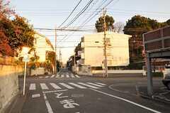 東急世田谷線・松原駅へ向かう道の様子。(2010-09-28,共用部,ENVIRONMENT,3F)