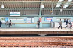 小田急小田原線・祖師ヶ谷大蔵駅のホーム。(2016-03-22,共用部,ENVIRONMENT,1F)
