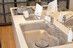 対面で使えるキッチン。楽しく料理できそう。(2013-03-01,共用部,KITCHEN,6F)