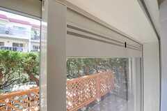 換気機能の付いた窓。(1031号室)(2011-03-29,専有部,ROOM,1F)