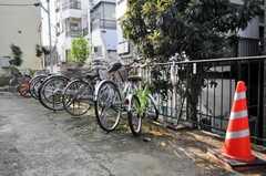 自転車置場の様子。(2009-12-17,共用部,GARAGE,1F)