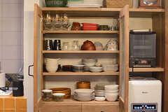 食器棚の様子。(2018-02-01,共用部,KITCHEN,1F)
