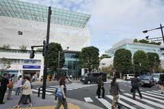 高島屋もすぐ近くです。(2012-10-05,共用部,ENVIRONMENT,1F)