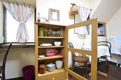 食器棚の様子。(2014-10-10,共用部,KITCHEN,1F)