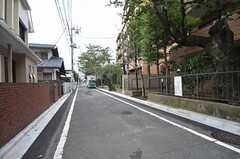 周辺は完成な住宅街。(2014-10-10,共用部,ENVIRONMENT,1F)