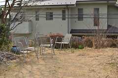 庭の様子。季節で表情が異なります。(2013-02-22,共用部,OTHER,1F)