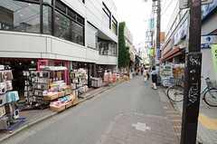 各線・下北沢駅周辺の様子2。(2013-10-20,共用部,ENVIRONMENT,1F)