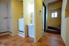 廊下に設置された洗面台の様子。基本的な作りは2-4Fは同じです。(2010-08-27,共用部,OTHER,3F)