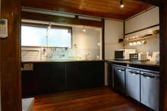キッチンの様子。(2014-10-08,共用部,KITCHEN,1F)