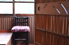 収納の扉には葦戸が使われています。(204号室)(2014-10-08,専有部,ROOM,2F)