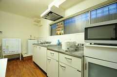 キッチンの様子2。(2012-11-23,共用部,KITCHEN,2F)