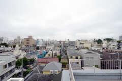 屋上からの眺めはこんな感じ。(2013-05-30,共用部,OTHER,6F)
